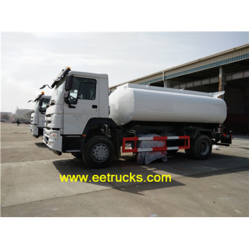 Camions de transport de carburant SINOTRUK 2500 gallons