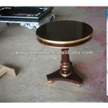 Table basse en bois massif de couleur brun foncé C1008
