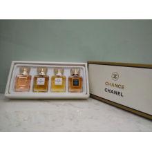 Parfüm Set für Geschenk mit Fragrace und Lotion