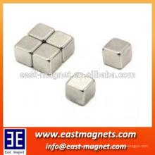 Íman sinterizado quadrado N45 para separador