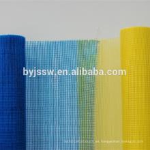 Malla de fibra de vidrio utilizada en el aislamiento térmico de la pared