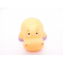 Brinquedos coloridos do animal para brinquedos do banho do bebê