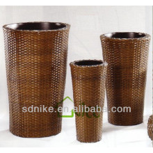 Hot sale Elegant rattan vase chair Vase-021