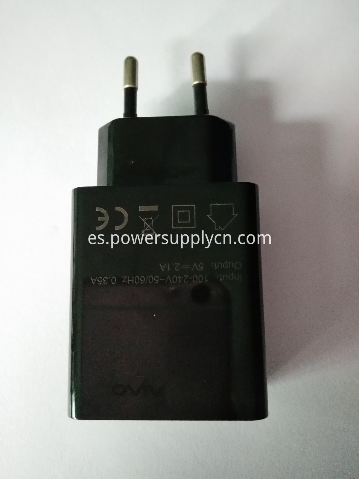 5V2.1A 2-USB travel charger