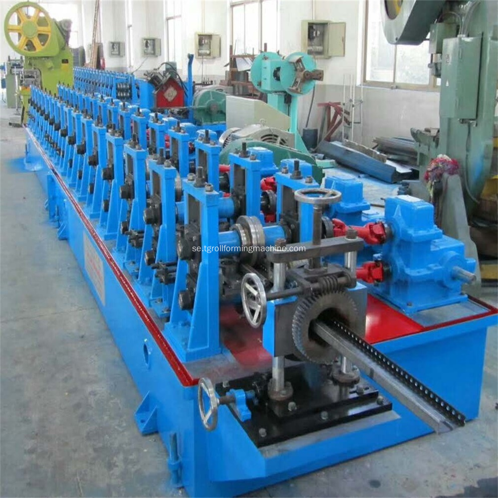 8MF Elektrisk Skåp Ram Roll Forming Machine