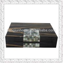 Black madrepérola shell e caixa de jóias de madeira