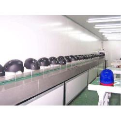 Helmet spray paint machine