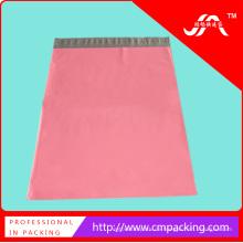 Farbiger Plastikpost-Verpackungs-Beutel mit klebender Dichtung