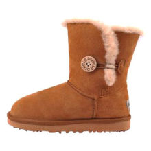 Sheepskin boots, customized logo and colors are accepted
