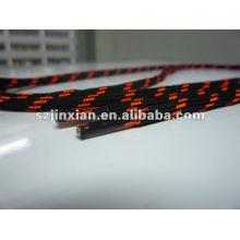 Оранжевые и черные шнурки