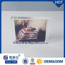 Fertigen Sie Förderung-Geschenk-freier Acryl-magnetischer Foto-Rahmen 4X6 besonders an