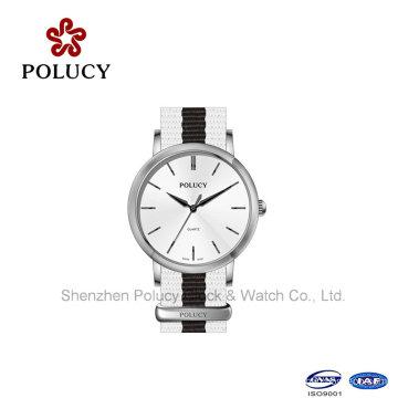 Femmes colorées en cuir Nylon Strap homme Wrist Watch mode horloge Chine vente en gros