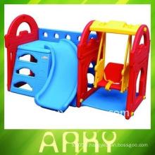 Aire de jeux en plastique pour enfants