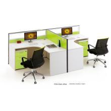 Escritorio de oficina de panel lateral de 2 lados verde solo (FOH-SS42-2814)