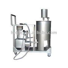 Manual brine injector