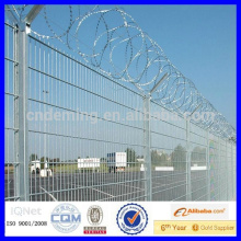 V shape airport fence 2.7m*2.5m with razor wire on top