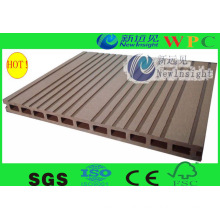 Popular Outdoor WPC Composite Decking with CE, SGS, Europe Stnadard