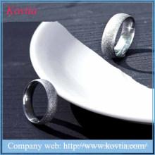 Moda grind arenácea anel mais recente casamento anel desenhos de aço de titânio jóias por atacado
