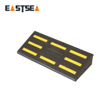 Black,Yellow Rubber 250mm Width Road Safety Light Vehicle Kerb Ramp