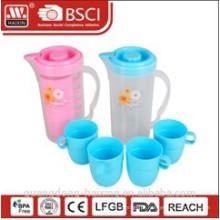 chaleira de água plástico 1,7 L com 4 copos