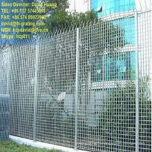 Barrière galvanisé acier caillebotis pour clôture de fléchage