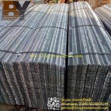 27 X 96 Reborde de acero galvanizado