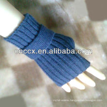 PK17ST320 ladies fashion knitted hand job gloves