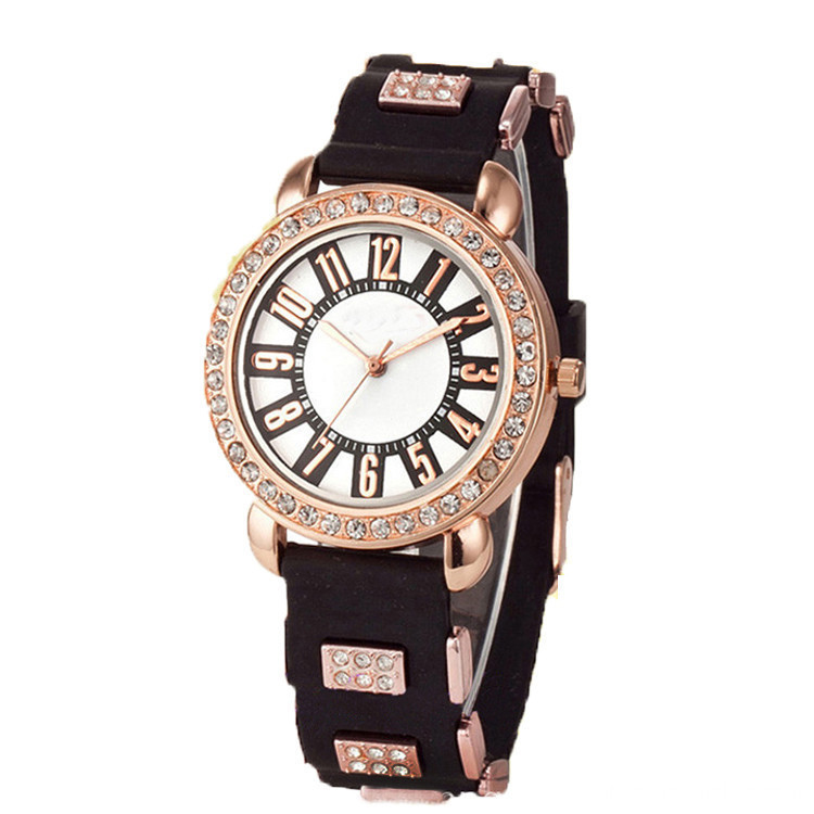 Hot selling silicone quartz watch for Women(yepeiyi)
