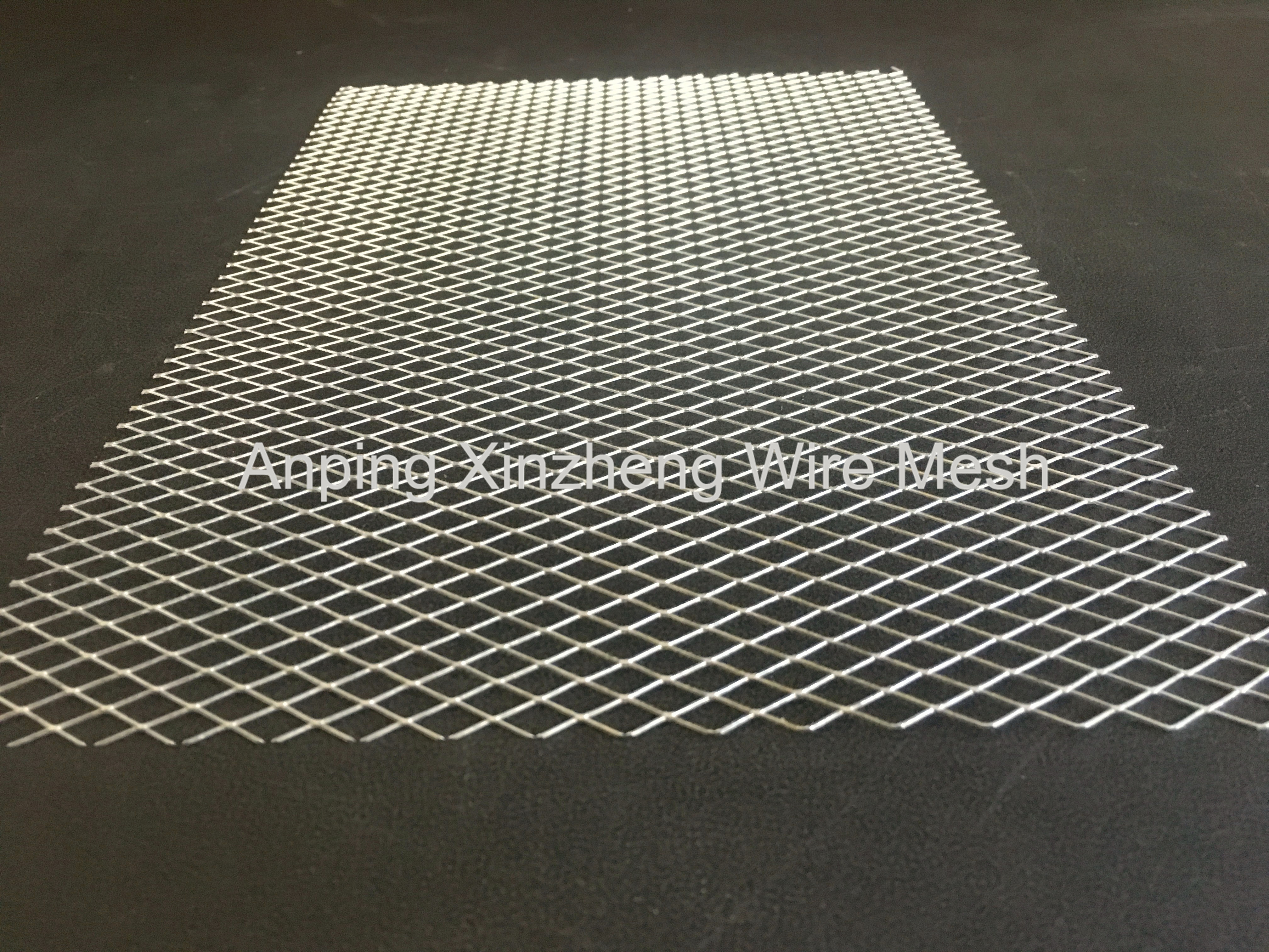 Flattened Expanded Mesh