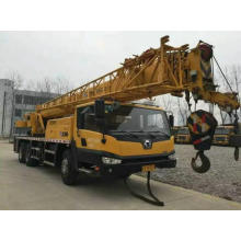 25 Ton All Wheel Drive Terrain Tractor Crane