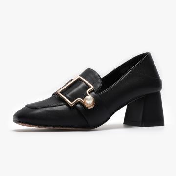 2021 boutons de perles chaussures à enfiler à talons épais