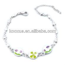 Vierblättrige Kleeblumenarmbänder