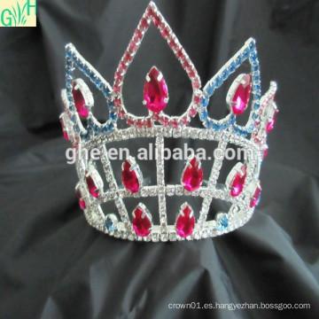 El desfile de encargo corona la tiara, la tiara de la boda y la corona