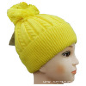 Knitted Beanie with POM POM NTD1602