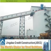 Construção de Estrutura em Aço Cantilever
