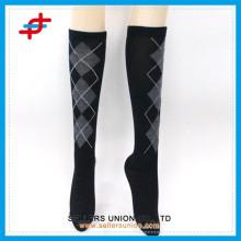 Womens Baumwoll-Mode-Strumpf / Mädchen-Oberschenkel-hohe Socken / Knie-hohe Socken