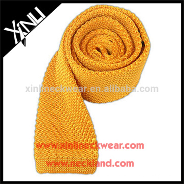 Perfect Knot Knitted Silk Gold Tie