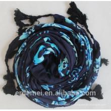 2015 новых женщин вискоза большой квадратный шарф и вискозный платок с кисточкой