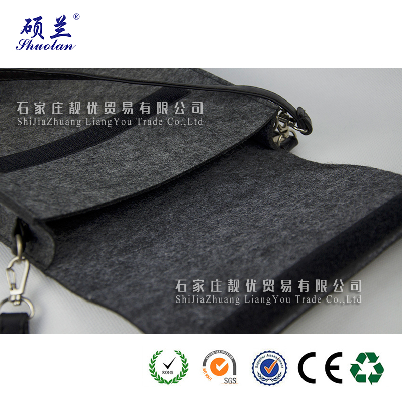 Customized Color Felt Shoulder Bag