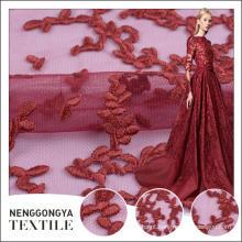 Oem serviço Diferentes tipos de poliéster voile bordado tecido de renda têxtil
