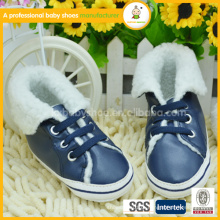 2015 Hot Sell Lovely Warm And Soft Baby Shoes / Baby Boots / Couro Baby Shoes