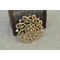 Broche colorido de la aleación del cinc de la galjanoplastia del oro de la flor del Rhinestone colorido