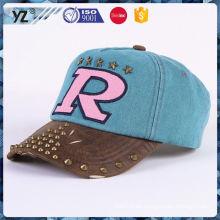 Producto principal de diseño de gorra de béisbol tapa de plástico para la promoción