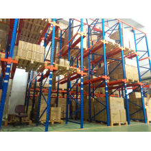 Q235B Warehouse Drive in Pallet Racking