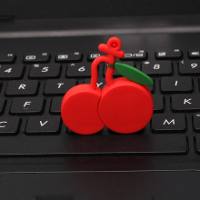 Movimentação do flash do USB da forma da fruta da cereja 32GB