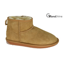 Women′s Classic Sheepskin Ankle Boots
