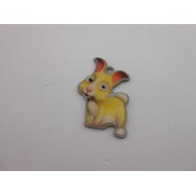Conejo en forma de accesorios clave, insignia de dibujos animados personalizados (GZHY-KA-039)