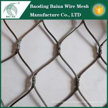 Сплетенная проволочная сетка из нержавеющей стали с лучшим качеством