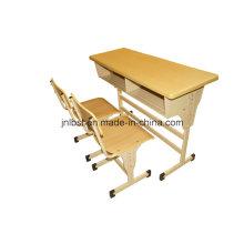 El tamaño estándar de morden fijó el escritorio doble del estudiante y la silla de la fábrica