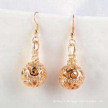 Art- und Weiseschmucksachen / Schmucksache-Ohrringe / Metallblumen-Kugel mit Haken-Ohrring (XJW1650)